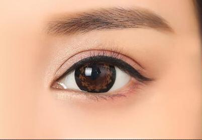 美瞳线和眼线的区别