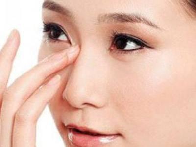 玻尿酸隆鼻与手术隆鼻的区别