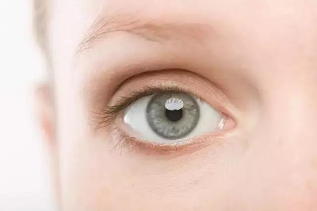 上海美莱做的全切双眼皮要多久恢复