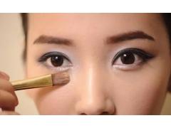上海美莱祛眼袋 做一个越活越年轻的养眼小仙女!