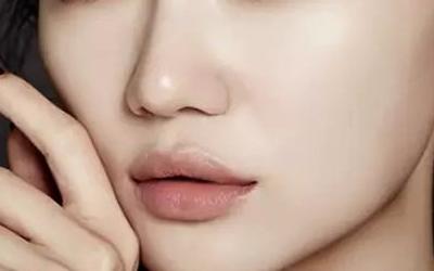 鼻孔太大有什么方法可以改善吗