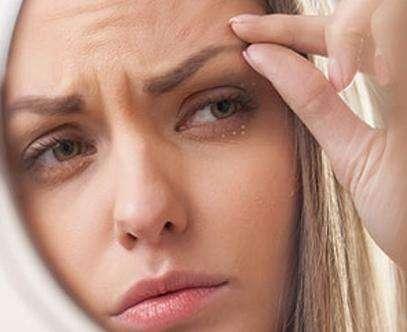 眼角周围的脂肪粒怎么去除美莱