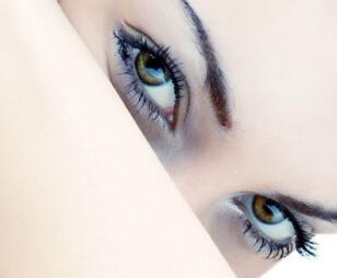 为什么眼部早期修复时间是10天以内