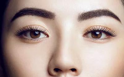 小机构做祛眼袋手术会留下疤痕吗
