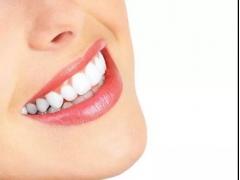 牙齿不白究竟是什么原因