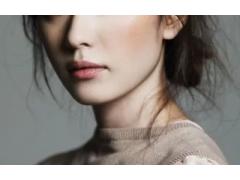 注射玻尿酸隆鼻能让鼻梁