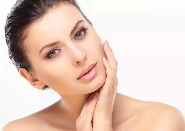 注射玻尿酸来祛除面部的皱纹一般要多少钱呢