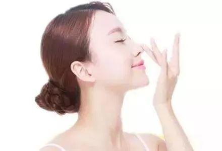 上海做线雕隆鼻大约可以维持多长时间呢