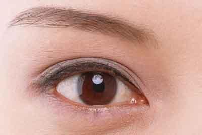 在上海割一个双眼皮需要多少钱呢