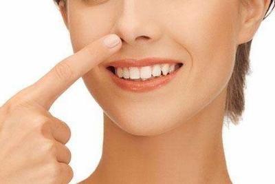 自己注射玻尿酸隆鼻_注射玻尿酸隆鼻效果好吗,效果可以维持多久_上海美莱整形医院