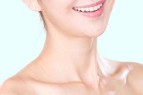 注射玻尿酸去除颈纹大概多少钱