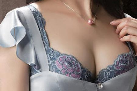 做假体丰胸整形术后会留疤吗