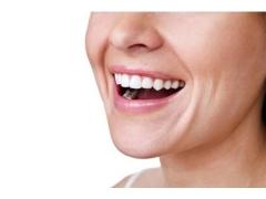 怎么才能拥有明星般洁白整齐的牙齿