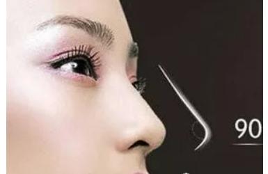 玻尿酸隆鼻会变宽吗