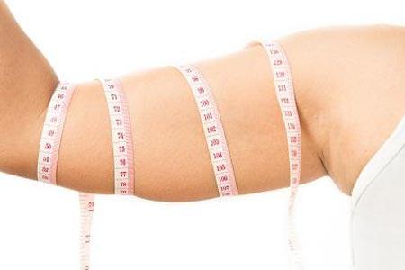 女生手臂很粗很多肉怎么减肥啊