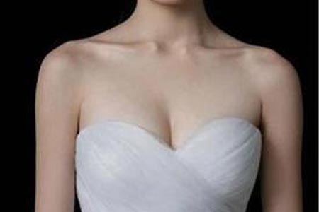 胸部下垂比较严重什么方法可以调整改善啊