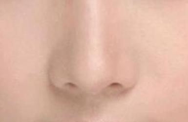 打针垫鼻子有害吗