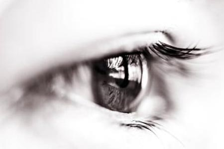 开内眼角术后出现增生会消失吗