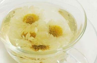 喝菊花茶真的可以减少长痘吗?