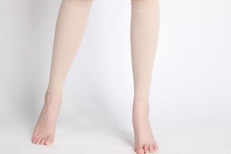 吸脂瘦腿后腿部有点麻正常吗