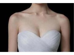 假体隆胸术后乳房会不会变得很硬