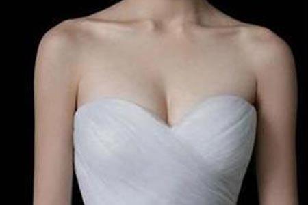 乳房下垂矫正手术需要多少钱啊