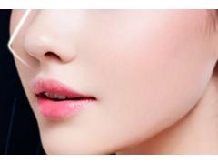 上海做隆鼻整形手术要多