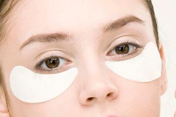 什么是抽脂去眼袋?抽脂去眼袋多久恢复?